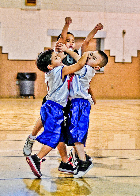 kidz playing basketball